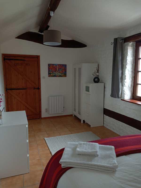 cherry tree gite - bedroom