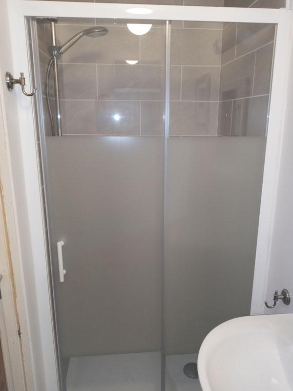 corridor-shower
